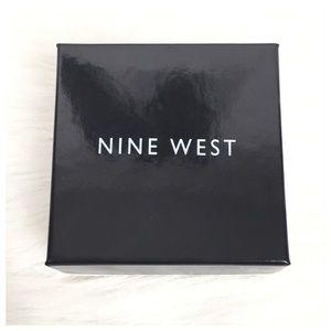 Nine West Jewelry - Nine West Anchor Stretch Charm Bracelet New in Box